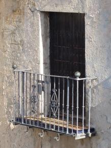Window & Balcony